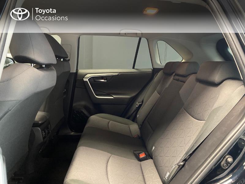 Photo 12 de l'offre de TOYOTA RAV4 Hybride 218ch Dynamic 2WD MY20 à 29990€ chez Altis - Toyota Lorient