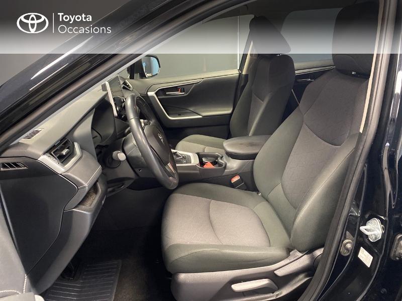 Photo 7 de l'offre de TOYOTA RAV4 Hybride 218ch Dynamic 2WD MY20 à 29990€ chez Altis - Toyota Lorient