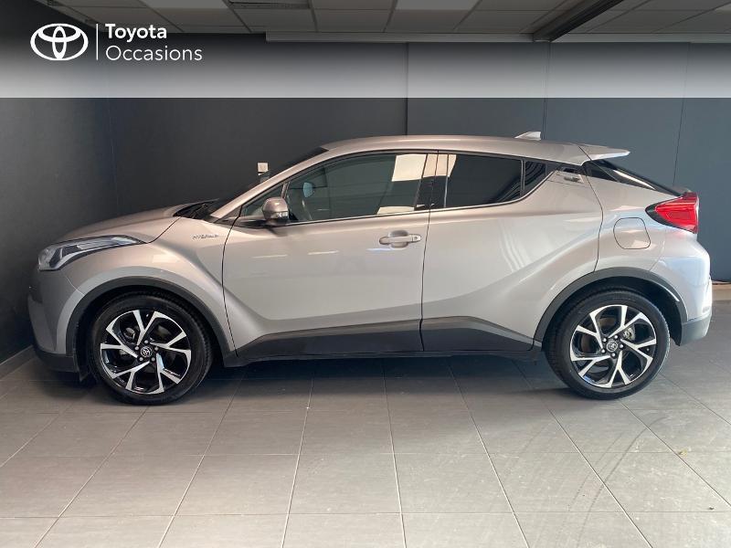 Photo 3 de l'offre de TOYOTA C-HR 122h Edition 2WD E-CVT RC18 à 20490€ chez Altis - Toyota Lorient