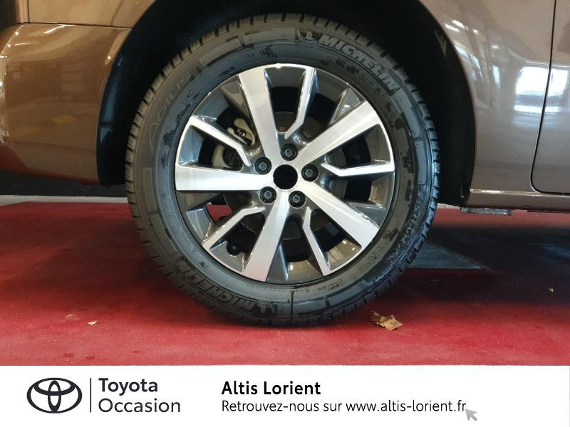 Photo 4 de l'offre de TOYOTA ProAce Verso Medium 2.0 120 D-4D Executive BVA MY20 à 41990€ chez Altis - Toyota Lorient