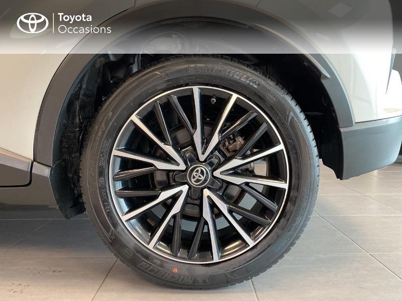 Photo 16 de l'offre de TOYOTA C-HR 122h Edition 2WD E-CVT RC18 à 20590€ chez Altis - Toyota Lorient