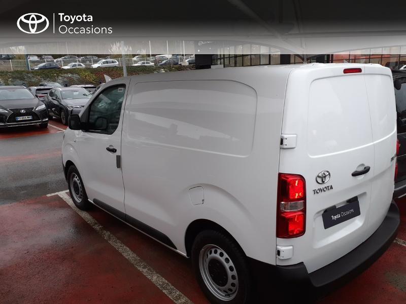 Photo 2 de l'offre de TOYOTA PROACE Compact 1.5 D-4D 100 Dynamic MY20 à 22490€ chez Altis - Toyota Lorient