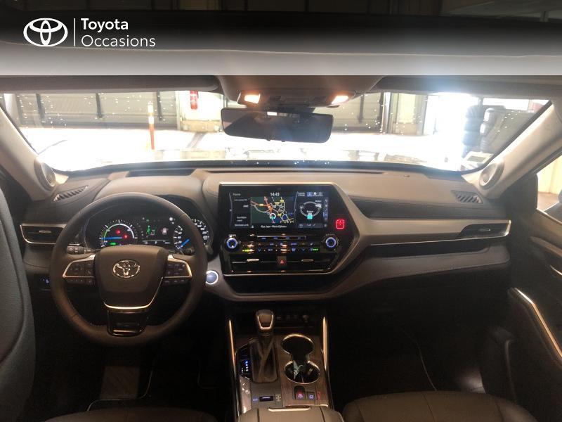 Photo 8 de l'offre de TOYOTA Highlander Hybrid 248ch Lounge AWD-I à 58990€ chez Altis - Toyota Lorient