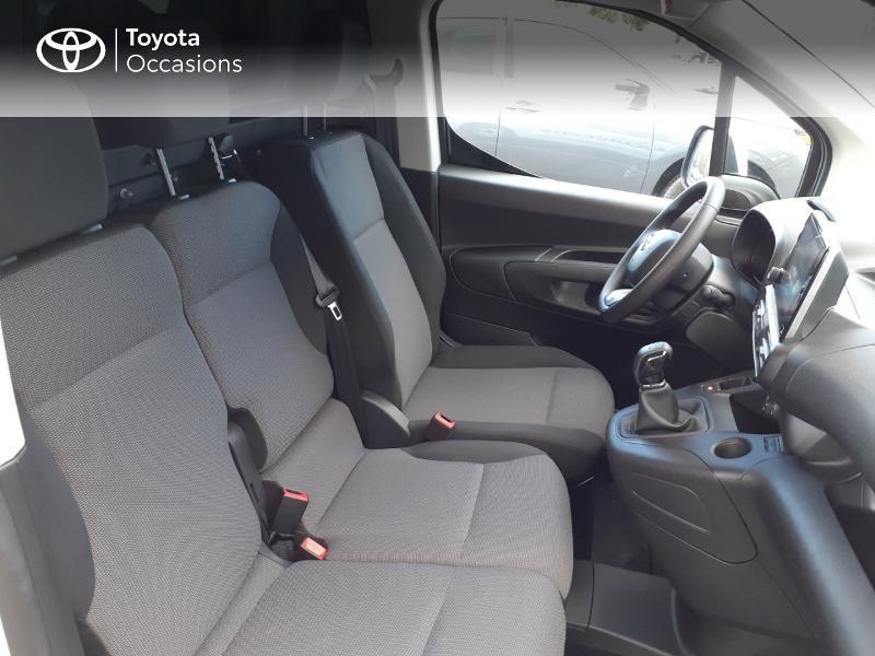 Photo 6 de l'offre de TOYOTA ProAce City Medium 100 D-4D Business à 17990€ chez Altis - Toyota Lorient