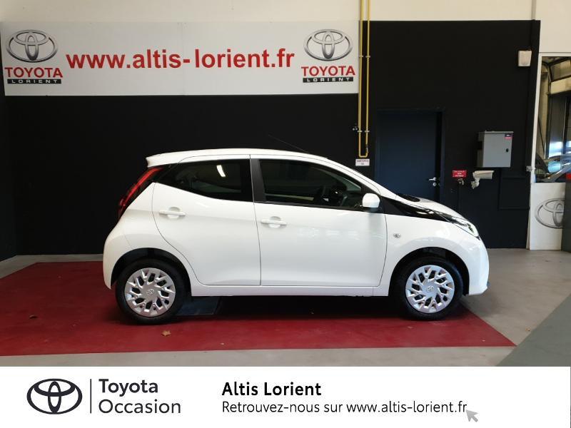 Photo 3 de l'offre de TOYOTA Aygo 1.0 VVT-i 72ch x-play 5p MY20 à 11890€ chez Altis - Toyota Lorient
