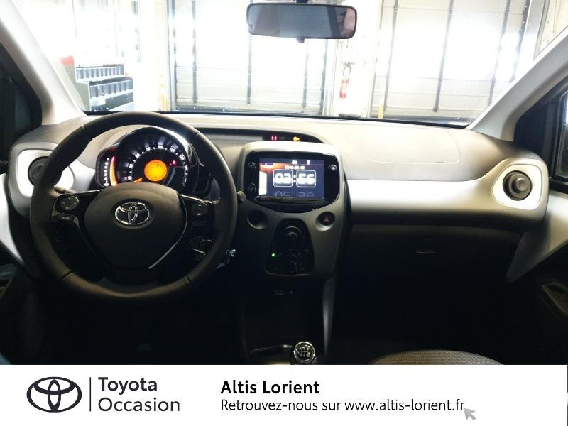Photo 5 de l'offre de TOYOTA Aygo 1.0 VVT-i 72ch x-play 5p MY20 à 11890€ chez Altis - Toyota Lorient