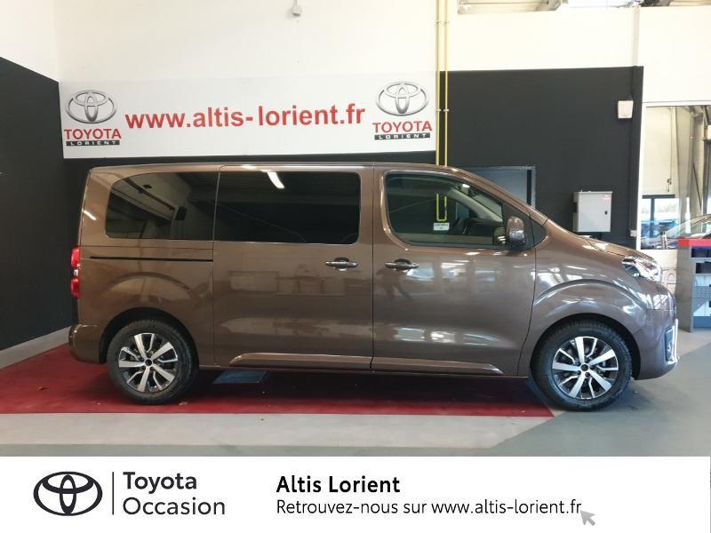 Photo 3 de l'offre de TOYOTA ProAce Verso Medium 2.0 120 D-4D Executive BVA MY20 à 41990€ chez Altis - Toyota Lorient