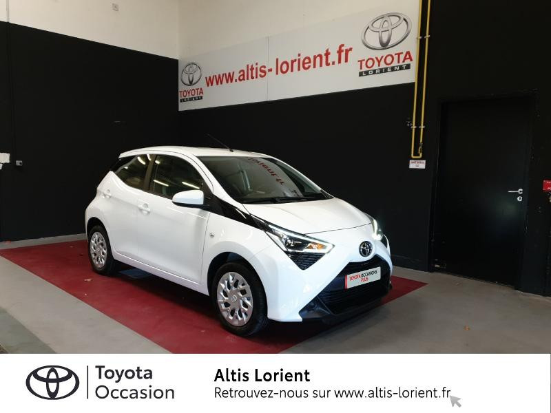 Photo 1 de l'offre de TOYOTA Aygo 1.0 VVT-i 72ch x-play 5p MY20 à 11890€ chez Altis - Toyota Lorient