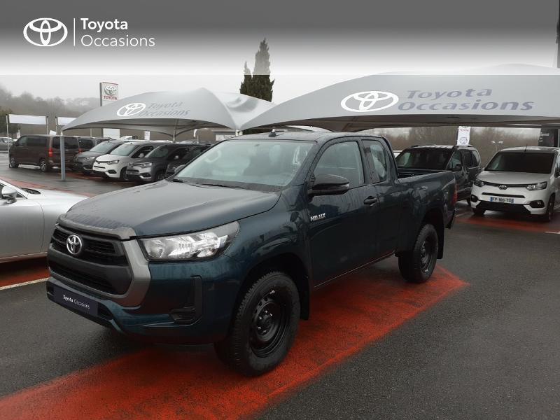 Photo 1 de l'offre de TOYOTA Hilux 2.4 D-4D X-Tra Cabine LeCap 4WD MC20 à 30222€ chez Altis - Toyota Lorient