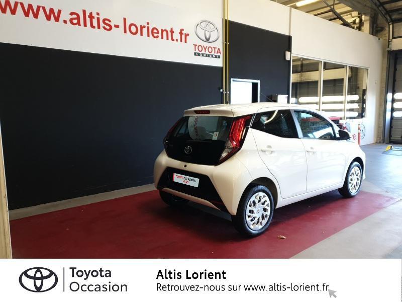 Photo 2 de l'offre de TOYOTA Aygo 1.0 VVT-i 72ch x-play 5p MY20 à 11890€ chez Altis - Toyota Lorient
