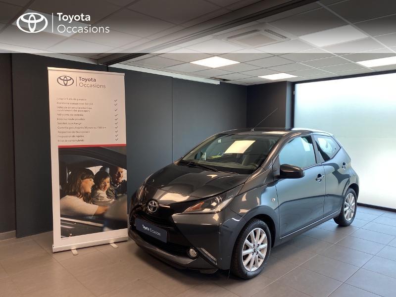 Toyota Aygo 1.0 VVT-i 69ch x-play 5p Essence gris foncé Occasion à vendre