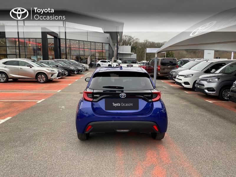 Photo 4 de l'offre de TOYOTA Yaris 116h Design 5p à 23000€ chez Altis - Toyota Lorient