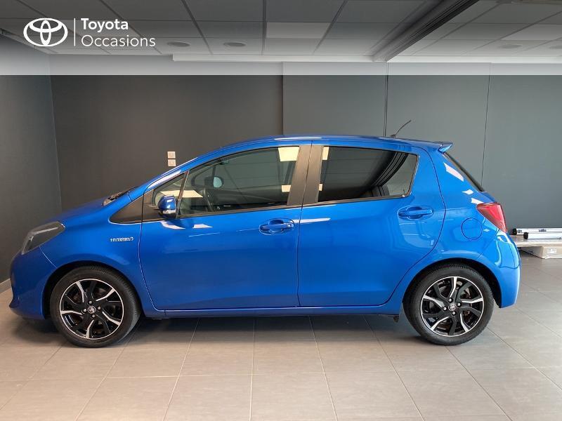 Photo 3 de l'offre de TOYOTA Yaris HSD 100h Design 5p à 12390€ chez Altis - Toyota Lorient