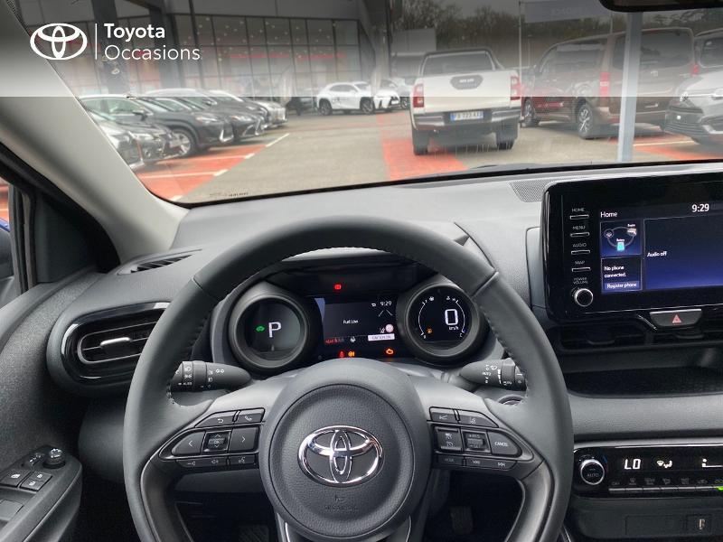 Photo 13 de l'offre de TOYOTA Yaris 116h Design 5p à 23000€ chez Altis - Toyota Lorient