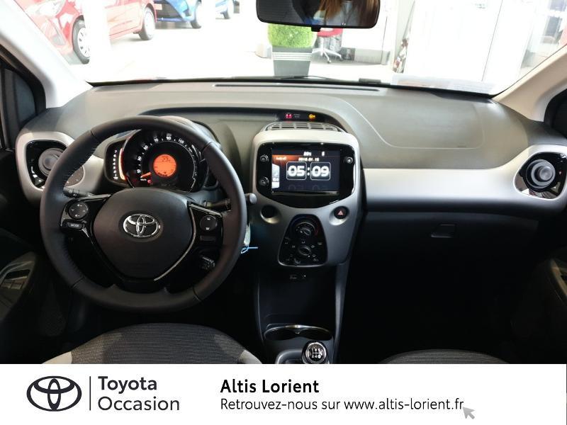 Photo 5 de l'offre de TOYOTA Aygo 1.0 VVT-i 72ch x-play 5p à 11490€ chez Altis - Toyota Lorient