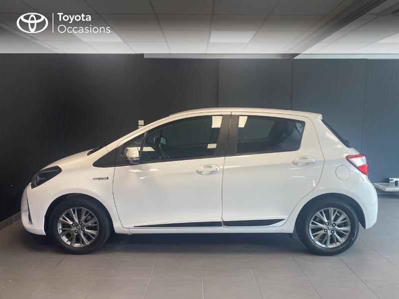 Photo 3 de l'offre de TOYOTA Yaris 100h Dynamic 5p MY19 à 13980€ chez Altis - Toyota Lorient