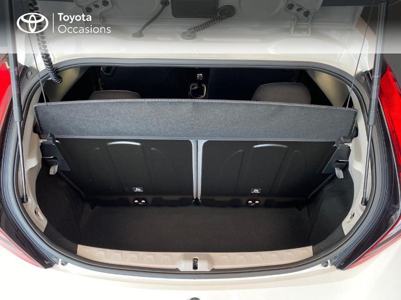 Photo 10 de l'offre de TOYOTA Aygo 1.0 VVT-i 72ch x-play 3p à 9990€ chez Altis - Toyota Lorient