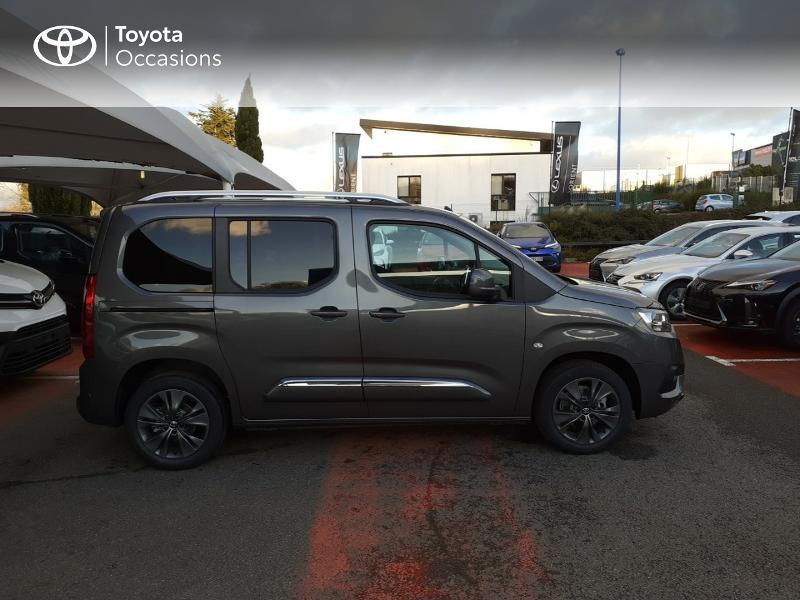 Photo 17 de l'offre de TOYOTA PROACE CITY Verso Medium 1.5 100 D-4D Design RC21 à 28590€ chez Altis - Toyota Lorient