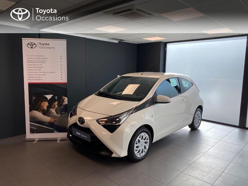 Photo 1 de l'offre de TOYOTA Aygo 1.0 VVT-i 72ch x-play 3p à 9990€ chez Altis - Toyota Lorient