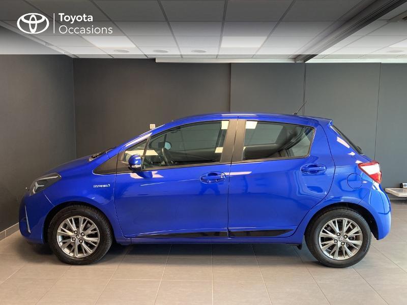 Photo 3 de l'offre de TOYOTA Yaris 100h Dynamic 5p à 13990€ chez Altis - Toyota Lorient
