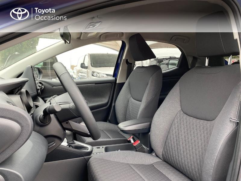 Photo 11 de l'offre de TOYOTA Yaris 116h Design 5p à 23000€ chez Altis - Toyota Lorient