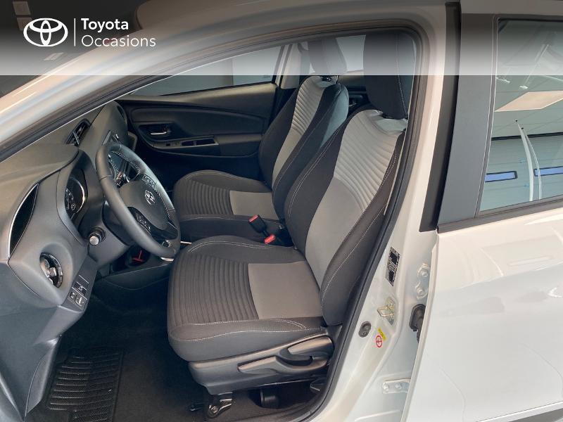 Photo 6 de l'offre de TOYOTA Yaris 100h Dynamic 5p RC18 à 13990€ chez Altis - Toyota Lorient