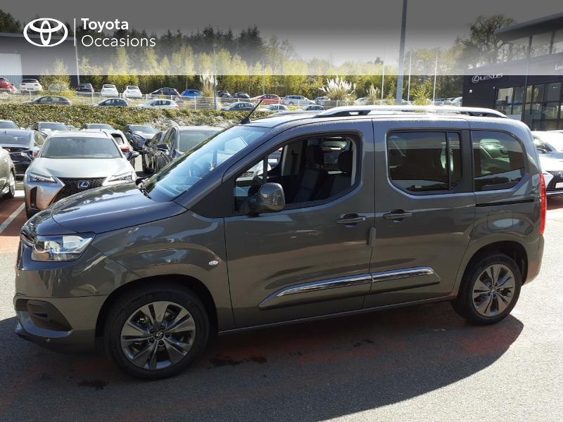 Photo 3 de l'offre de TOYOTA PROACE CITY Verso Medium 1.5 100 D-4D Design à 28190€ chez Altis - Toyota Lorient