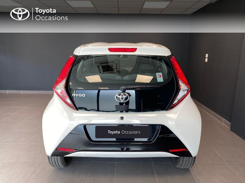 Photo 4 de l'offre de TOYOTA Aygo 1.0 VVT-i 72ch x-play 3p à 9990€ chez Altis - Toyota Lorient