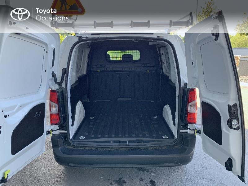 Photo 10 de l'offre de TOYOTA PROACE CITY Medium 75 D-4D Dynamic RC21 à 19990€ chez Altis - Toyota Lorient