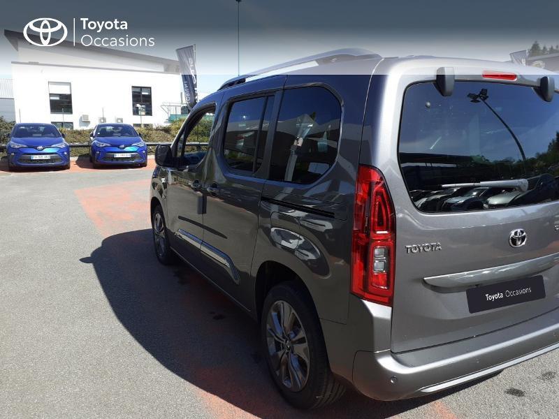 Photo 2 de l'offre de TOYOTA PROACE CITY Verso Medium 1.5 100 D-4D Design à 28190€ chez Altis - Toyota Lorient