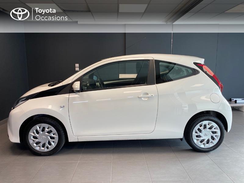 Photo 3 de l'offre de TOYOTA Aygo 1.0 VVT-i 72ch x-play 3p à 9990€ chez Altis - Toyota Lorient