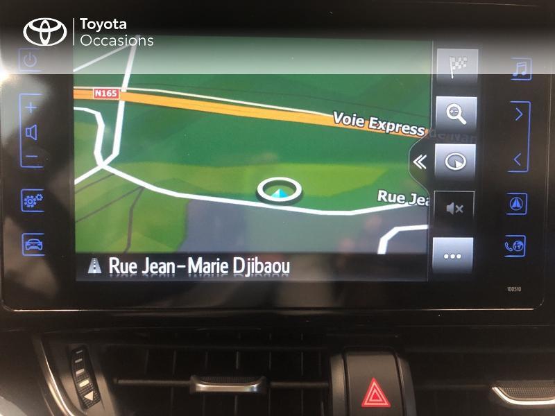 Photo 12 de l'offre de TOYOTA C-HR 122h Edition 2WD E-CVT RC18 à 19980€ chez Altis - Toyota Lorient