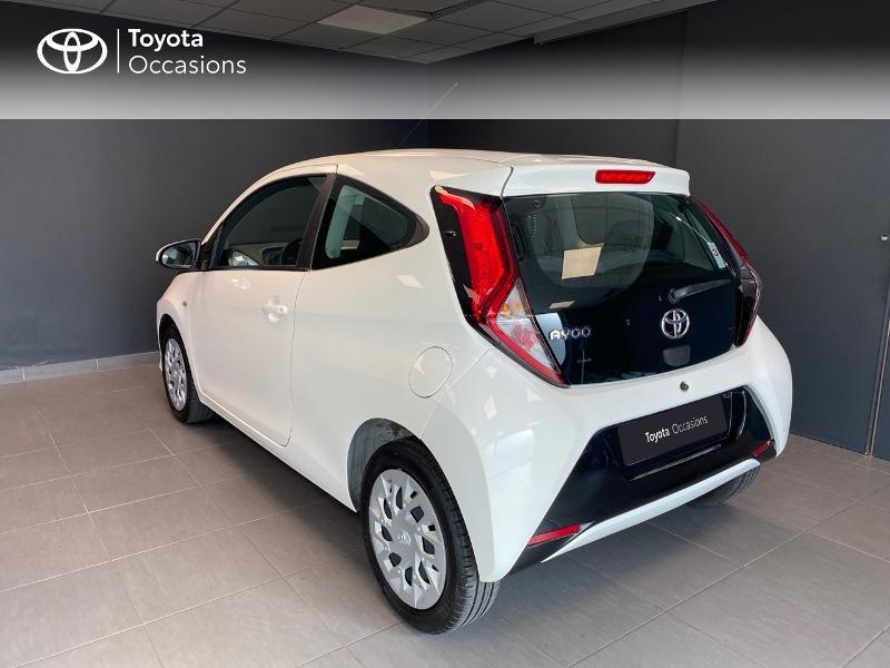 Photo 2 de l'offre de TOYOTA Aygo 1.0 VVT-i 72ch x-play 3p à 9990€ chez Altis - Toyota Lorient