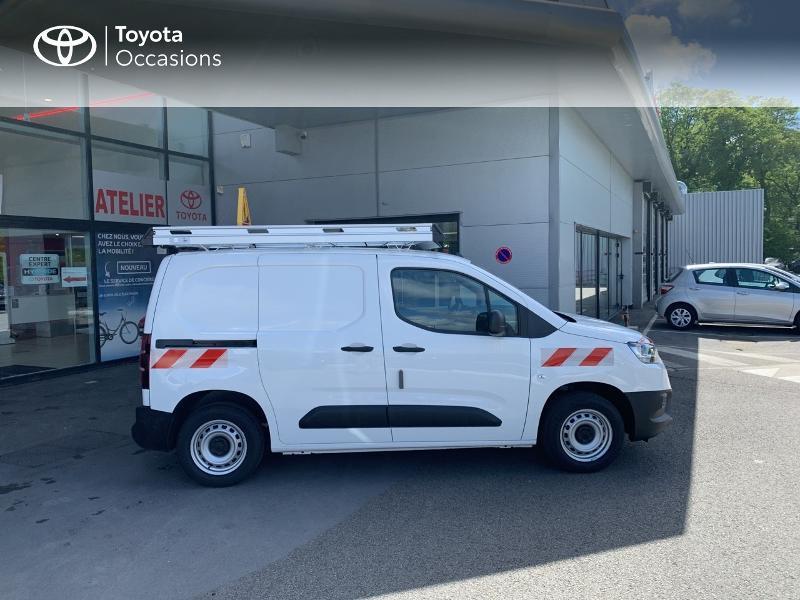 Photo 17 de l'offre de TOYOTA PROACE CITY Medium 75 D-4D Dynamic RC21 à 19990€ chez Altis - Toyota Lorient