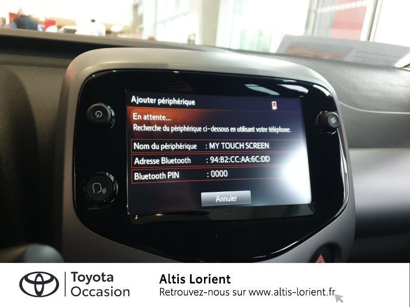 Photo 8 de l'offre de TOYOTA Aygo 1.0 VVT-i 72ch x-play 5p à 11490€ chez Altis - Toyota Lorient