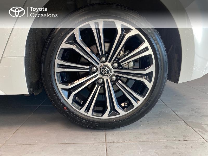 Photo 4 de l'offre de TOYOTA Corolla 122h Design à 20990€ chez Altis - Toyota Lorient