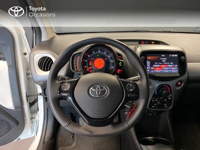 Photo 8 de l'offre de TOYOTA Aygo 1.0 VVT-i 72ch x-play 3p à 9990€ chez Altis - Toyota Lorient