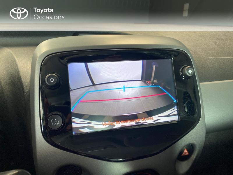 Photo 17 de l'offre de TOYOTA Aygo 1.0 VVT-i 72ch x-play 5p à 9490€ chez Altis - Toyota Lorient