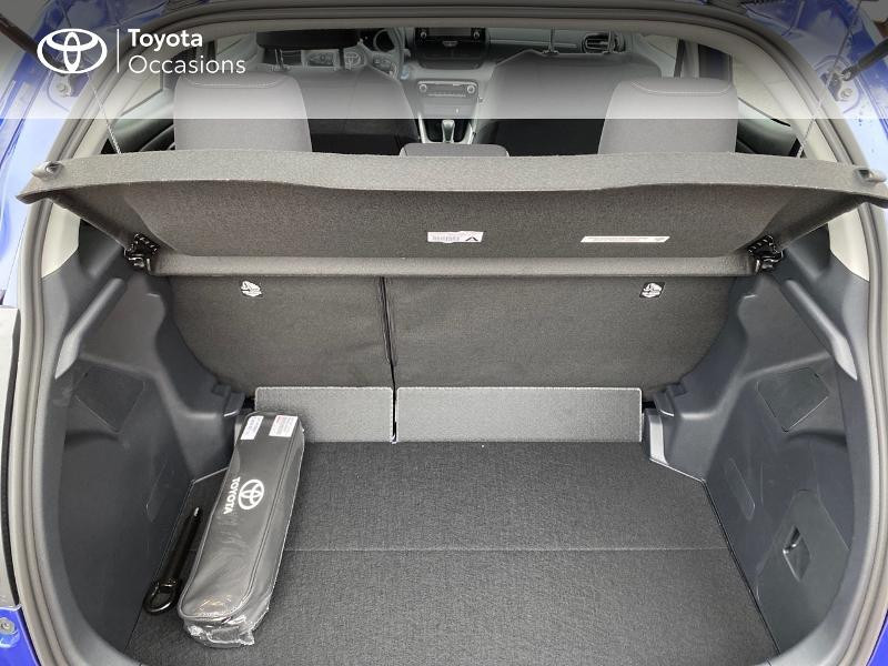 Photo 10 de l'offre de TOYOTA Yaris 116h Design 5p à 23000€ chez Altis - Toyota Lorient