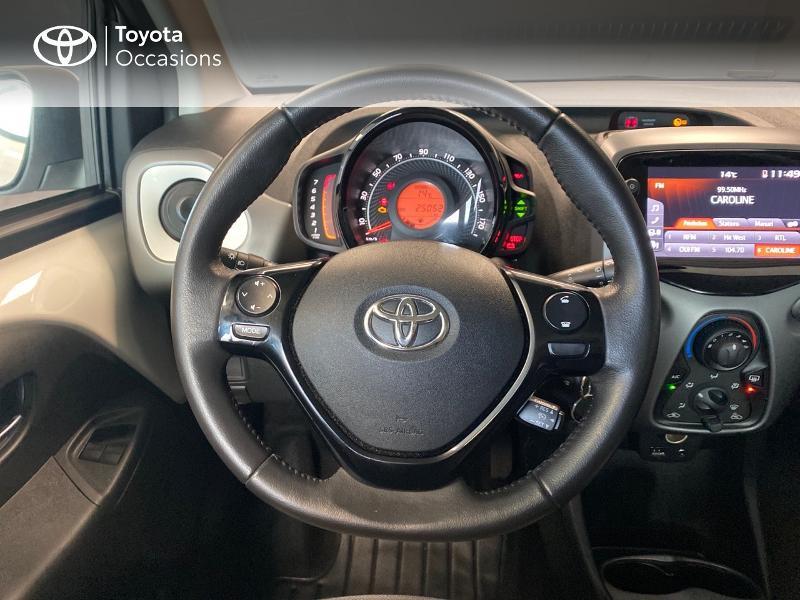 Photo 8 de l'offre de TOYOTA Aygo 1.0 VVT-i 72ch x-play 5p à 9490€ chez Altis - Toyota Lorient