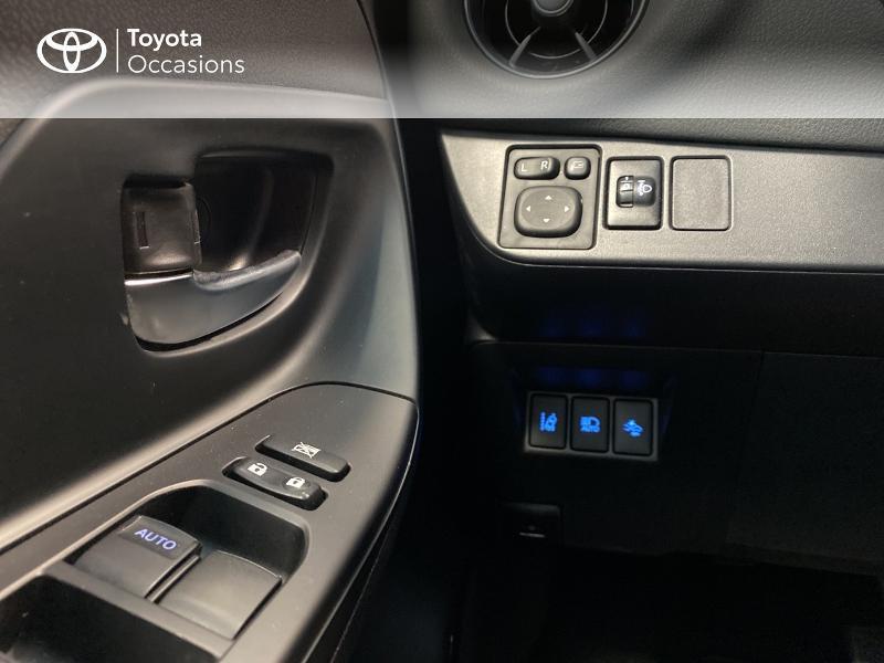 Photo 14 de l'offre de TOYOTA Yaris 100h Dynamic 5p à 13990€ chez Altis - Toyota Lorient