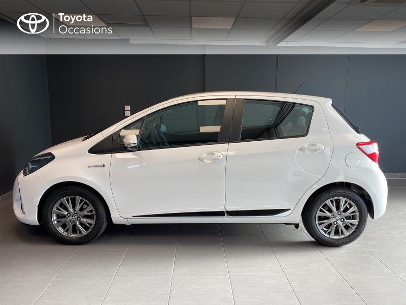 Photo 3 de l'offre de TOYOTA Yaris 100h Dynamic 5p RC18 à 13990€ chez Altis - Toyota Lorient
