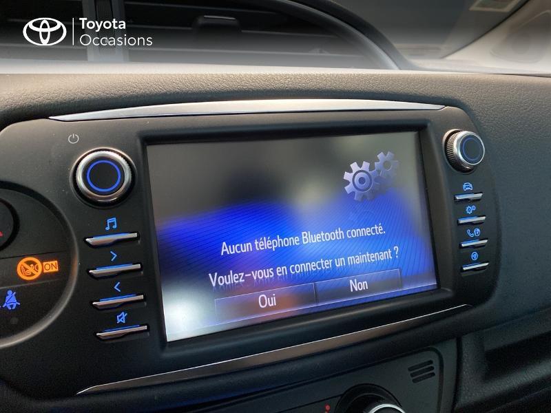 Photo 17 de l'offre de TOYOTA Yaris 100h Dynamic 5p à 13990€ chez Altis - Toyota Lorient