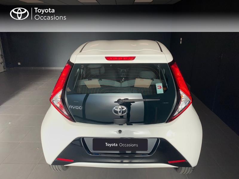 Photo 4 de l'offre de TOYOTA Aygo 1.0 VVT-i 72ch x-play 5p à 9490€ chez Altis - Toyota Lorient