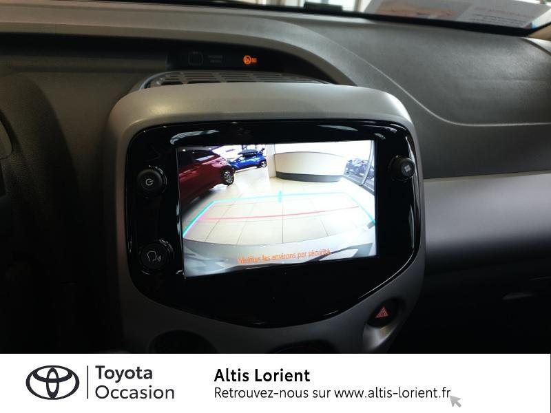 Photo 10 de l'offre de TOYOTA Aygo 1.0 VVT-i 72ch x-play 5p à 11490€ chez Altis - Toyota Lorient