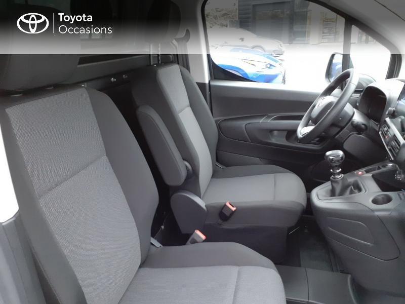 Photo 6 de l'offre de TOYOTA PROACE CITY Long 130 D-4D Business RC21 à 24590€ chez Altis - Toyota Lorient