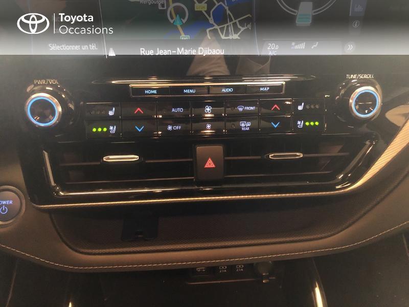 Photo 22 de l'offre de TOYOTA Highlander Hybrid 248ch Lounge AWD-I à 58990€ chez Altis - Toyota Lorient
