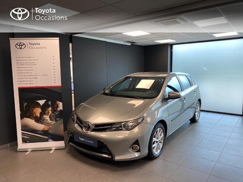 Toyota Auris 90 D-4D FAP Dynamic Diesel gris foncé Occasion à vendre
