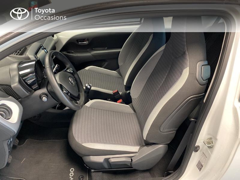 Photo 6 de l'offre de TOYOTA Aygo 1.0 VVT-i 72ch x-play 3p MY20 à 10490€ chez Altis - Toyota Lorient