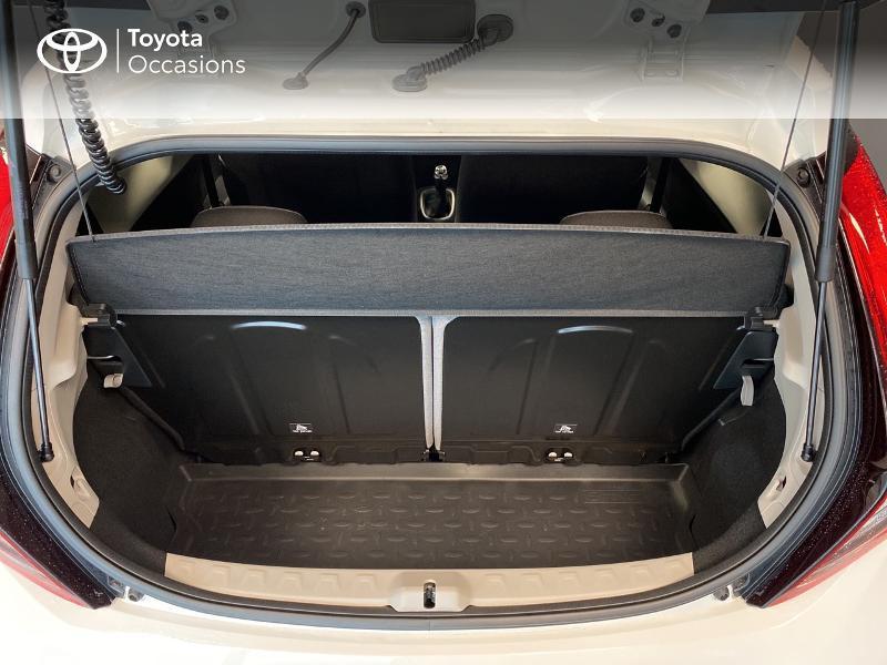 Photo 10 de l'offre de TOYOTA Aygo 1.0 VVT-i 72ch x-play 3p MY20 à 10490€ chez Altis - Toyota Lorient